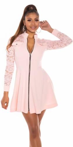 Robe en dentelle - rose