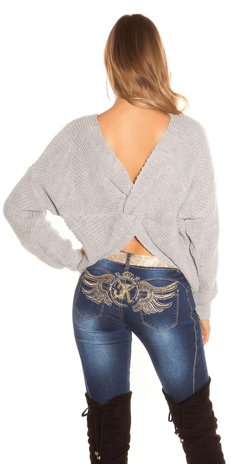 Knoten Pullover