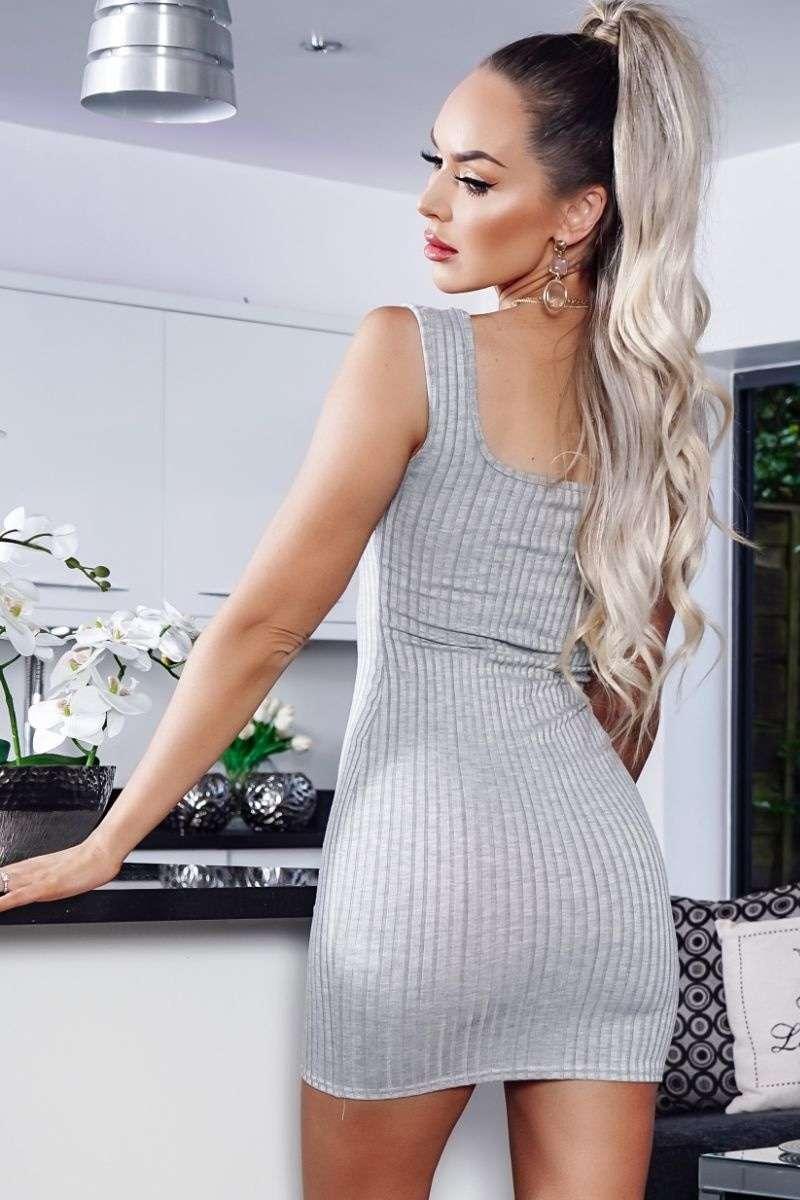 Rippstrick Kleid