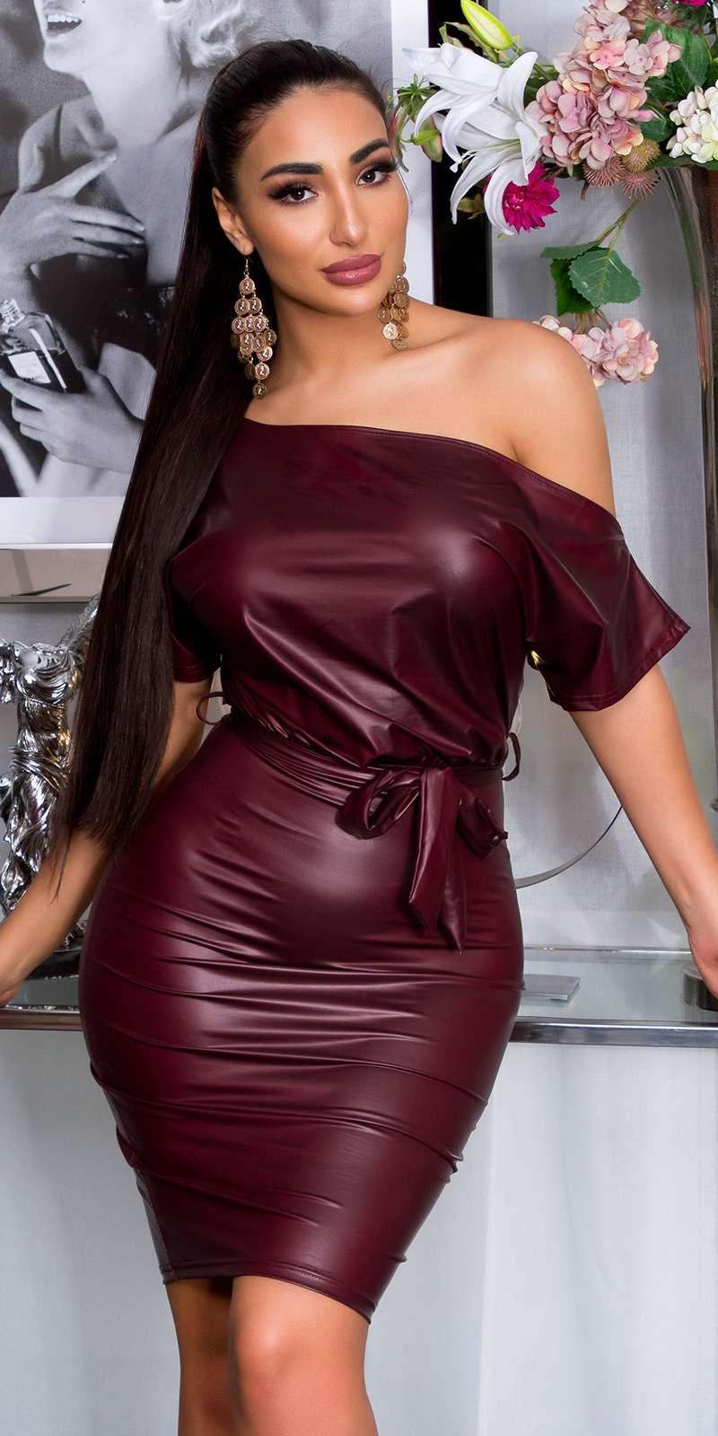 Robe aspect cuir