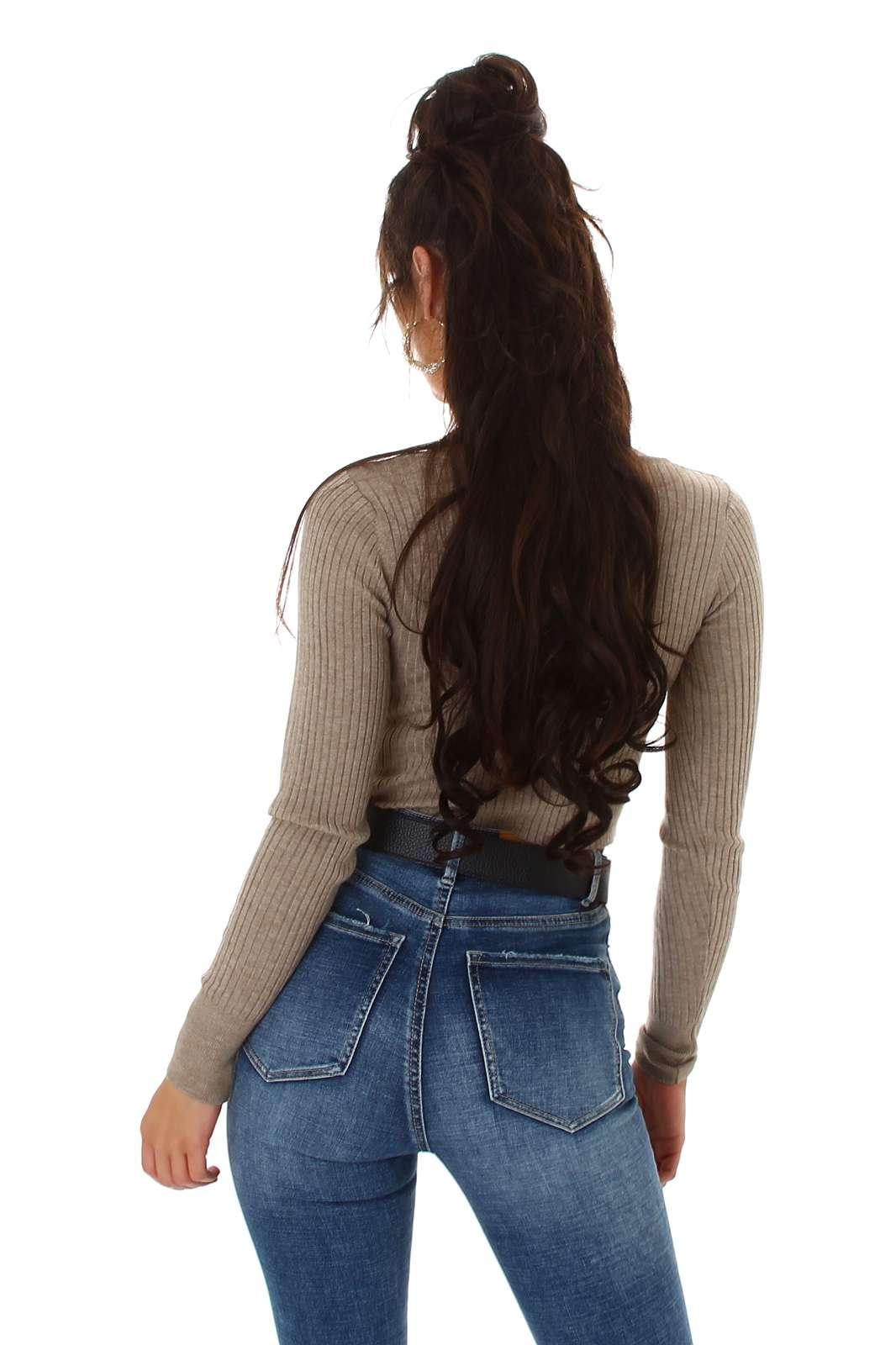 Pull court en tricot